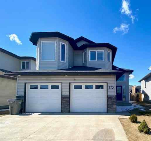 Royal Oaks real estate 12414 105  Street in Royal Oaks Grande Prairie