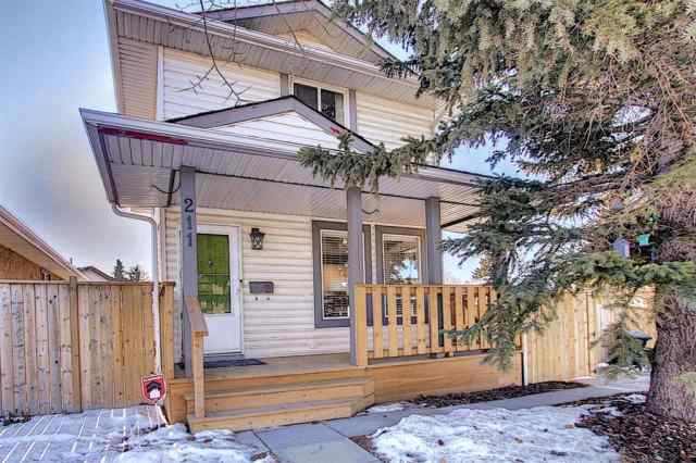 Dover real estate 211 Doverglen Crescent SE in Dover Calgary