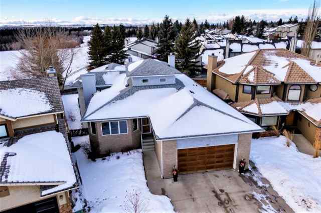 113 Woodridge Close SW in Woodbine Calgary MLS® #A1060325