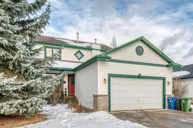 Bow Meadows real estate 18 Bow Way in Bow Meadows Cochrane