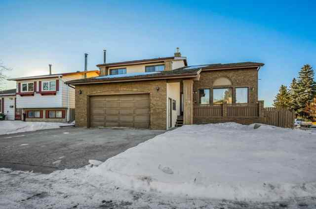 79 Whitefield Crescent NE in Whitehorn Calgary MLS® #A1060698