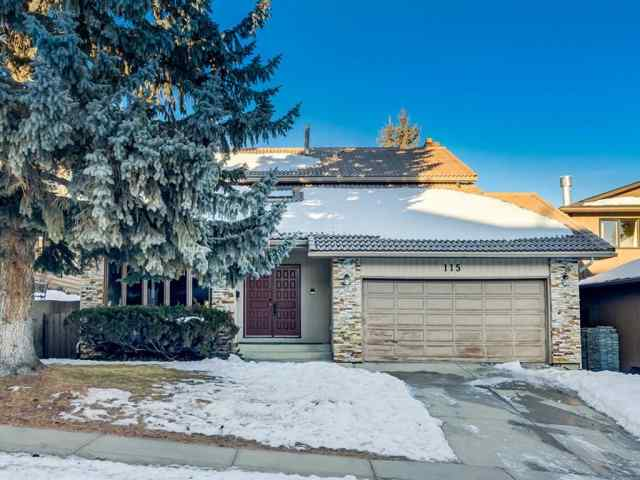 115 Edgehill Court NW in Edgemont Calgary MLS® #A1061222