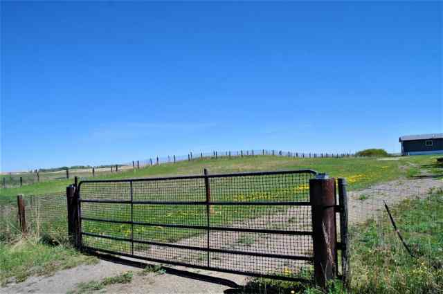 24025A RR 261 Road in NONE Strathmore MLS® #A1061379