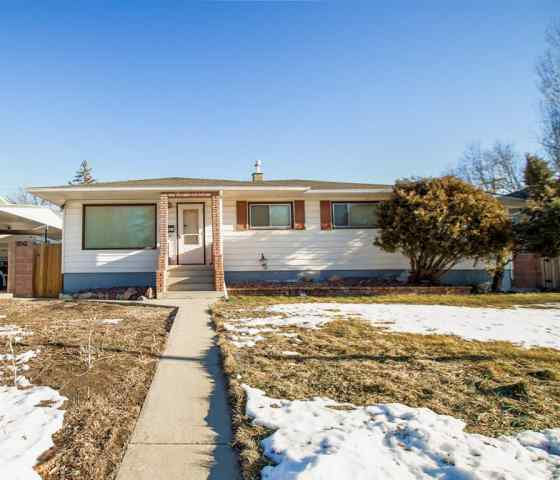 1131 29 Street S in Henderson Lake Lethbridge MLS® #A1061408