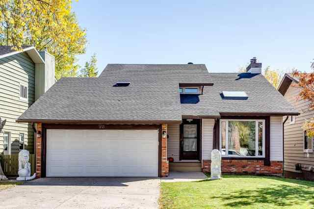 28 Hawkwood Way NW in  Calgary MLS® #A1061415
