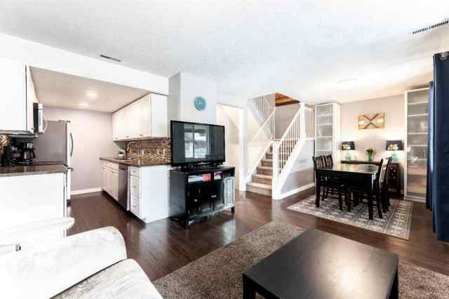 Braeside real estate 324, 200 Brookpark Drive SW in Braeside Calgary