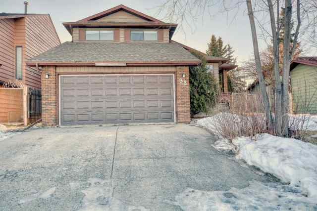 Beddington Heights real estate 32 Bermuda Close NW in Beddington Heights Calgary