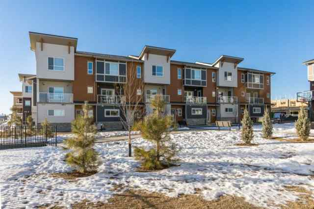 306 Harvest Grove Walk NE in  Calgary MLS® #A1062104