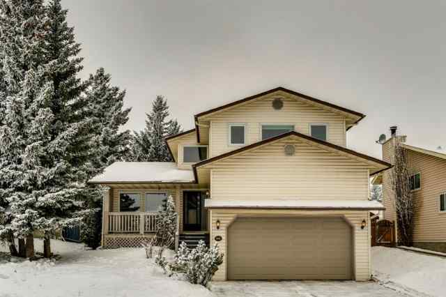 207 Scenic Way NW in Scenic Acres Calgary