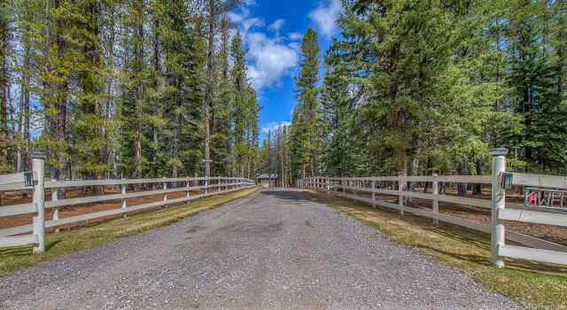 MLS® #A1062310 124 Hawk Eye Road T0L 0K0 Bragg Creek