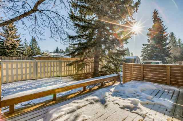 Unit-4-64 Woodacres Crescent SW in Woodbine Calgary MLS® #A1062553