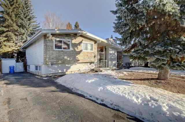 172 Lake Wapta Rise SE in  Calgary