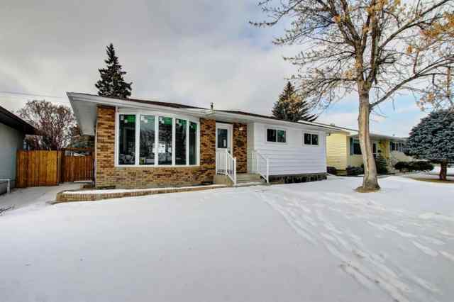 MLS® #A1062919 703 Forest Place SE T2A 1T5 Calgary