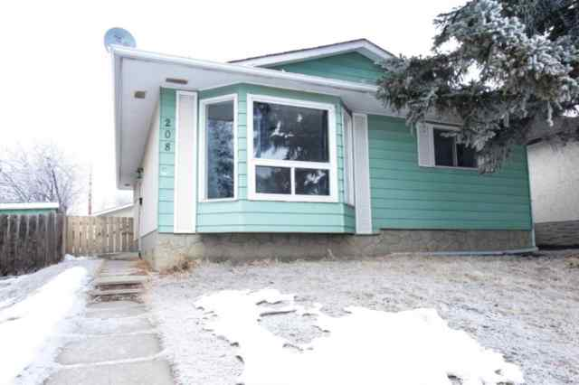 208 Doverview Crescent SE in Dover Calgary