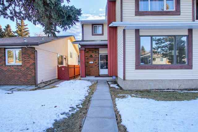 6315 26 Avenue NE in Pineridge Calgary