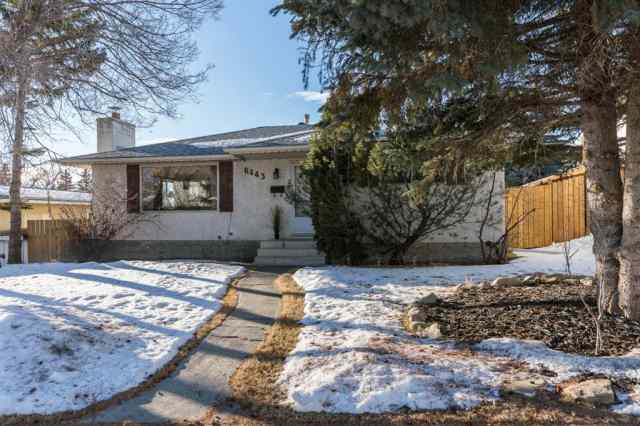 Silver Springs real estate 6443 70 Street NW in Silver Springs Calgary