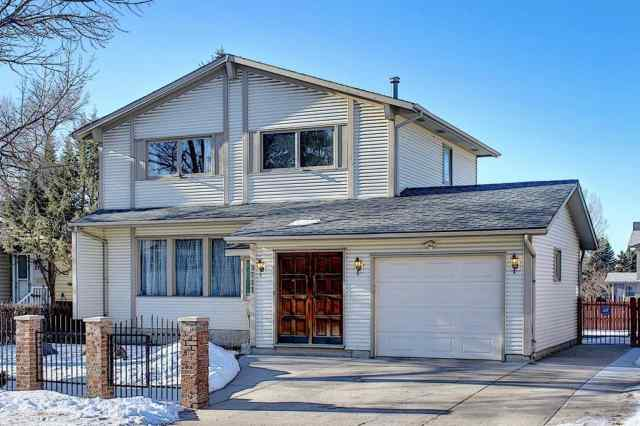 3711 39 Street NE in Whitehorn Calgary MLS® #A1063183