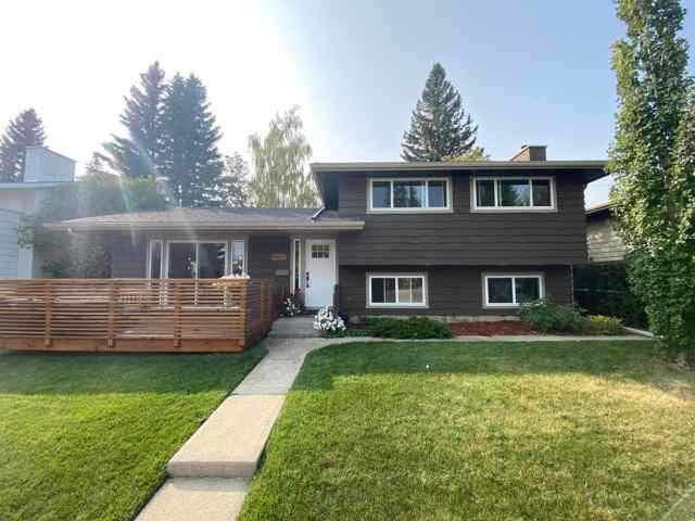5427 LAKEVIEW Drive SW in  Calgary MLS® #A1063915