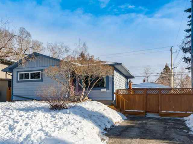 Fairview real estate 95 Ferncliff Crescent SE in Fairview Calgary
