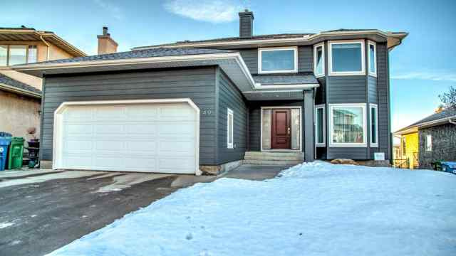 49 Douglas Woods Manor SE in Douglasdale/Glen Calgary MLS® #A1065721