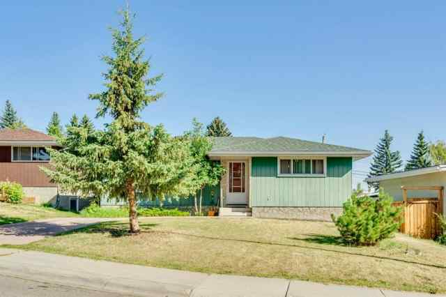 736 SIERRA Crescent SW in  Calgary MLS® #A1066075