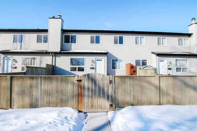25, 20 Alford Avenue T4R 1G8 Red Deer