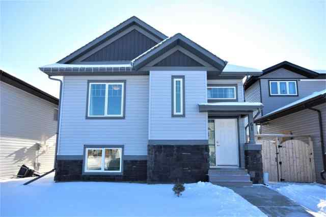 61 Vermont Close in Valley Ridge Blackfalds MLS® #A1068216