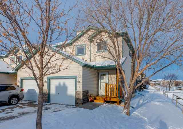 4, 156 Canoe Drive SW in Canals Airdrie MLS® #A1068981