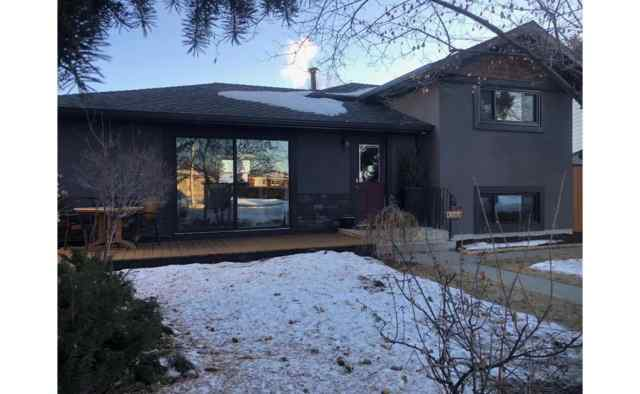 Acadia real estate 9308 Albany Place SE in Acadia Calgary
