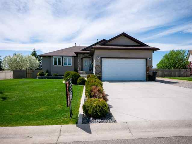 NONE real estate 127 Garrison Drive  in NONE Fort Macleod