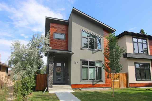Mount Pleasant real estate 910 24 Avenue NW in Mount Pleasant Calgary