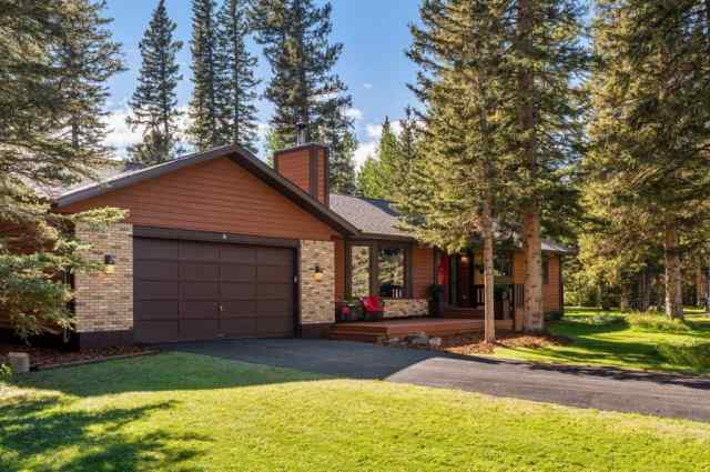 real estate 4 Manyhorses  Gardens in  Bragg Creek