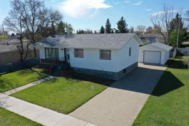 NONE real estate 5104 62 Avenue in NONE Taber