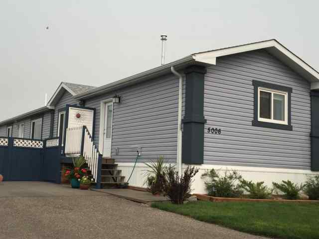 5006 Applewood Rd   in NONE Coaldale MLS® #A1070704