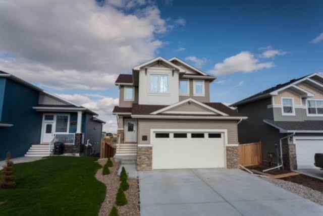 Copperwood real estate 526 Twinriver Road W in Copperwood Lethbridge