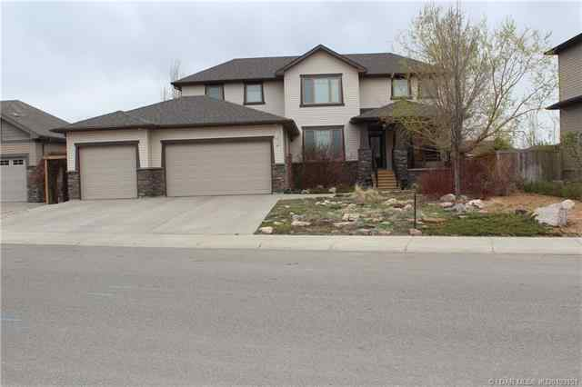 143 Canyoncrest Point W in Paradise Canyon Lethbridge MLS® #A1071457