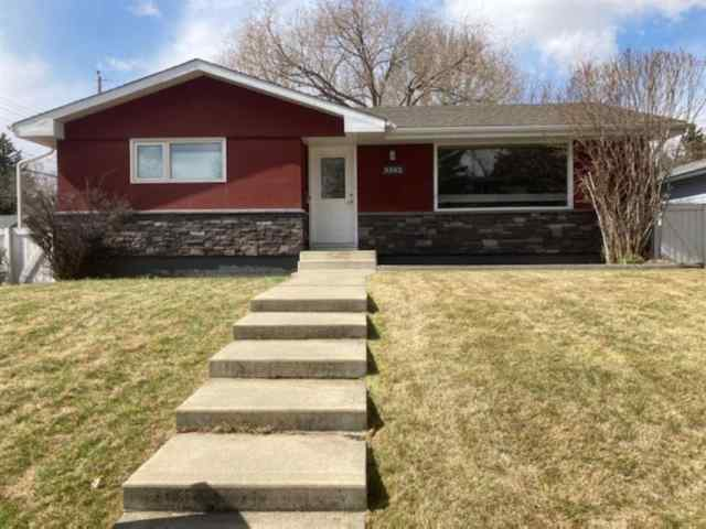 Brentwood real estate 3352 Barr Road NW in Brentwood Calgary