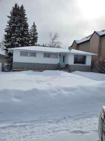Banff Trail real estate 3224 Castle Road NW in Banff Trail Calgary