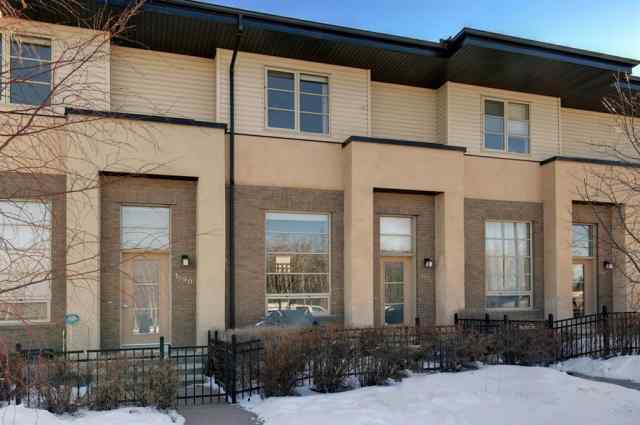 Aspen Woods real estate 1592 93 Street SW in Aspen Woods Calgary