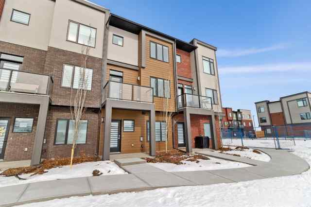 245 Greenbriar Common NW in Greenwood/Greenbriar Calgary MLS® #A1072196