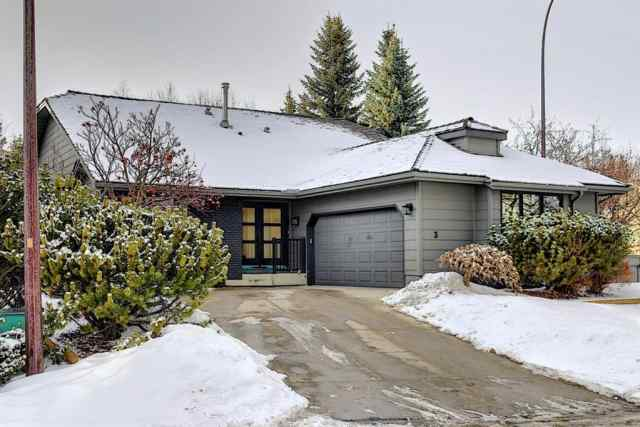3 Stradbrooke Place SW in Strathcona Park Calgary MLS® #A1072331