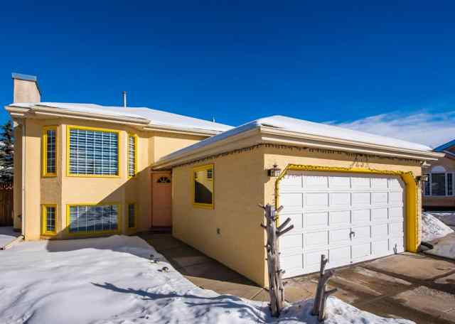 25 Millbank Bay SW in  Calgary MLS® #A1072623