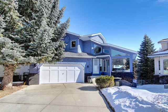 19 Signal Hill Mews SW in Signal Hill Calgary MLS® #A1072683
