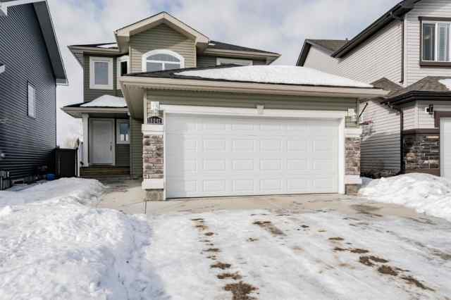 Crystal Landing real estate 10242 87 Street in Crystal Landing Grande Prairie