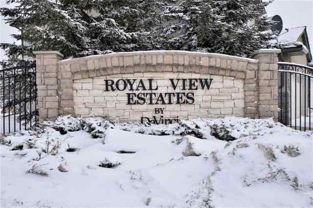 Royal Oak real estate 233 Royal Crest View NW in Royal Oak Calgary