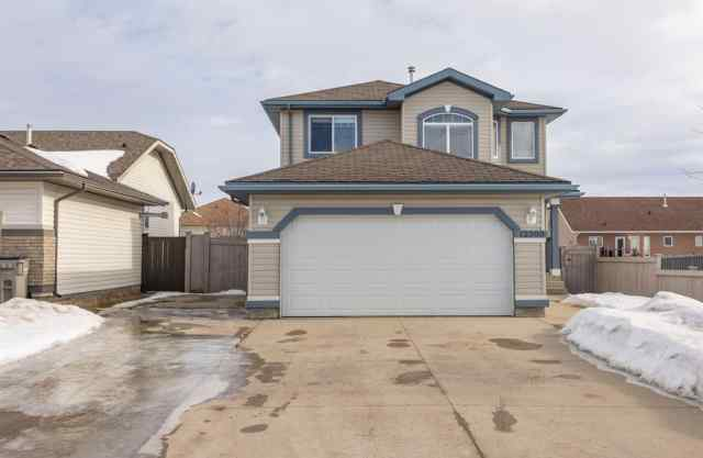 Royal Oaks real estate 12309 107A Street in Royal Oaks Grande Prairie
