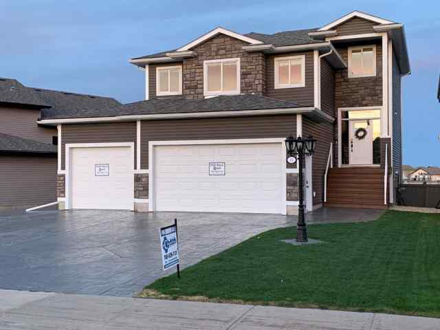Pinnacle Ridge real estate 33 Pinnacle Lake Drive in Pinnacle Ridge Grande Prairie