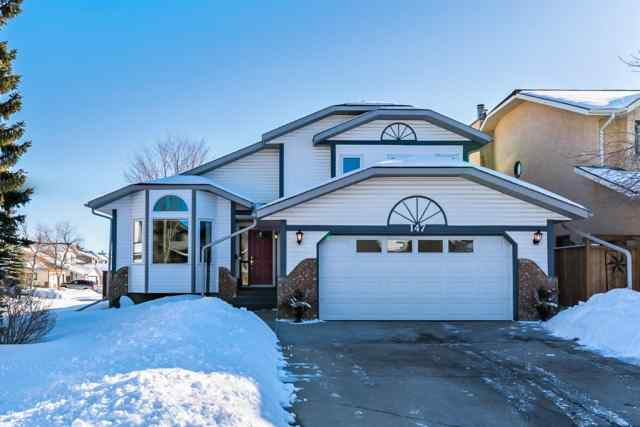 147 Wood Valley Bay SW in  Calgary MLS® #A1073086
