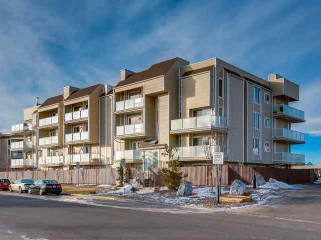 Unit-204-3747 42 Street NW in Varsity Calgary MLS® #A1073290