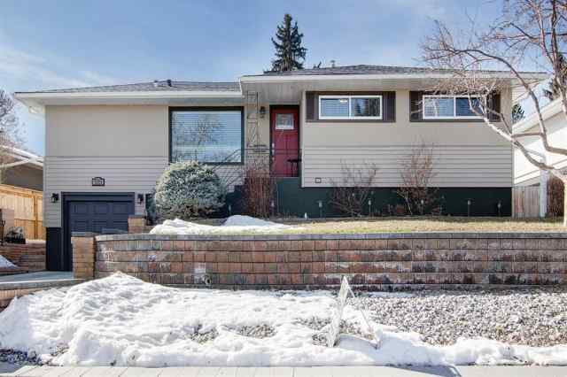 Highwood real estate 199 Hendon Drive NW in Highwood Calgary